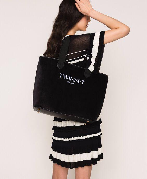 Velvet shopper with pochette