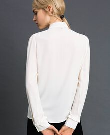 Crêpe de Chine shirt with frills White Snow Woman 192TT2431-04