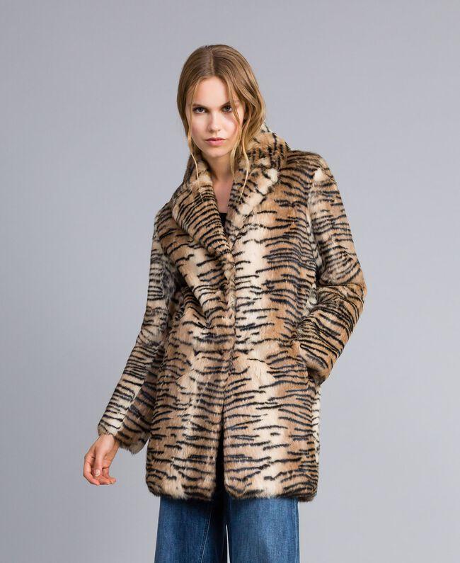 """Mantel aus bedrucktem Kaninchenfell Print """"Tiger"""" Frau TA82AN-01"""