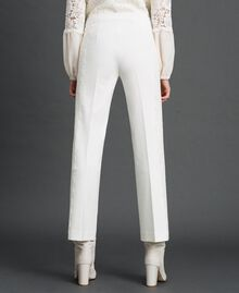 Hose in Croppedlänge mit Spitze Weiß Schnee Frau 192TT2210-04