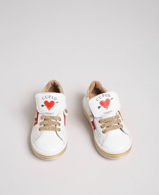 Baskets en cuir avec cœurs et clous Blanc Enfant 192GCB026-01
