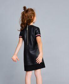 """Mini abito in similpelle con ricami Bicolor Nero / Rosso """"Papavero"""" Bambina GA82B2-03"""