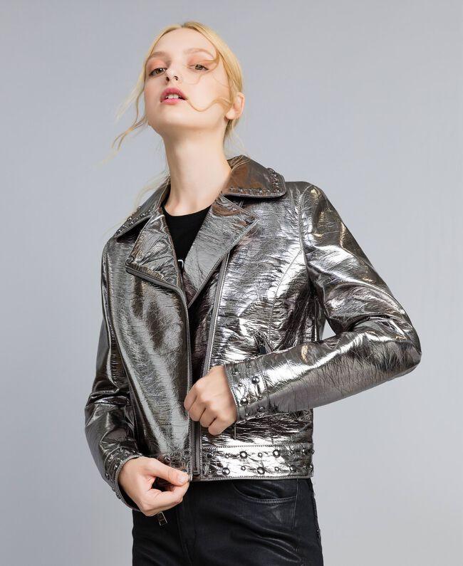 Jacke aus Metallic-Lederimitat Gewehrlauf Grau Frau YA82BN-01