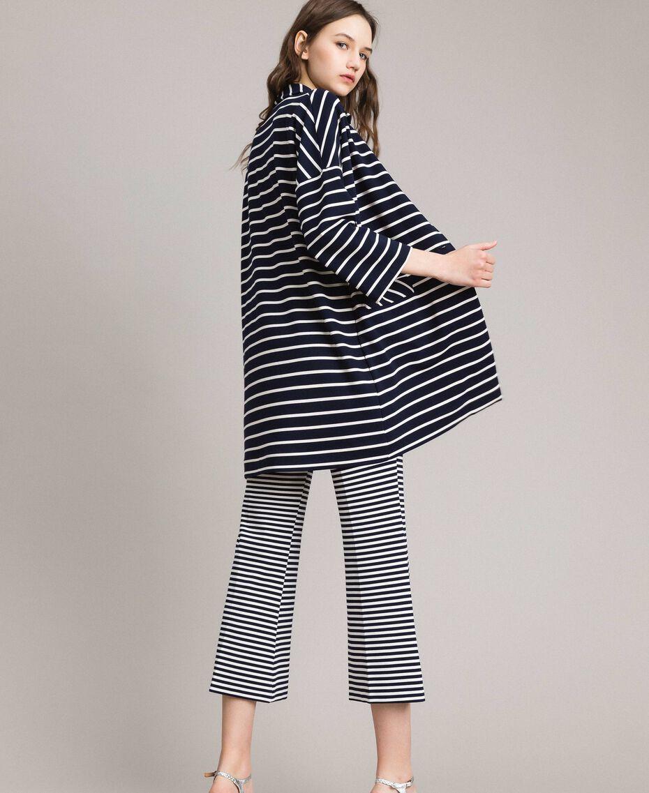 Ungefütterter Mantel mit Streifen Streifen Cremeweiß / Blue Shadow Frau 191ST2030-03