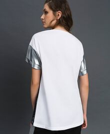 Lace and micro studs T-shirt Black / Optical White Woman 192LI2WAA-03