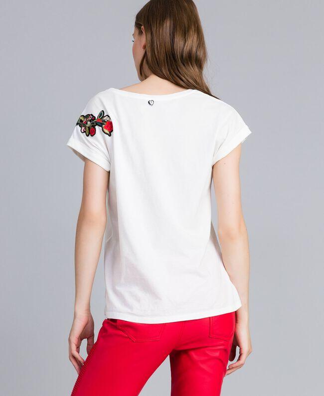 T-shirt avec broderies et applications Nacre Femme JA82M2-03