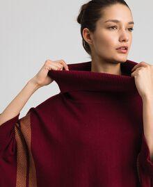 Poncho réversible en maille Rouge Violet / Beige «Camel Skin» Femme 192LI3ZAA-04