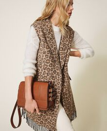 Shoulder bag with straps Leather Brown Woman 202MA7043-0T