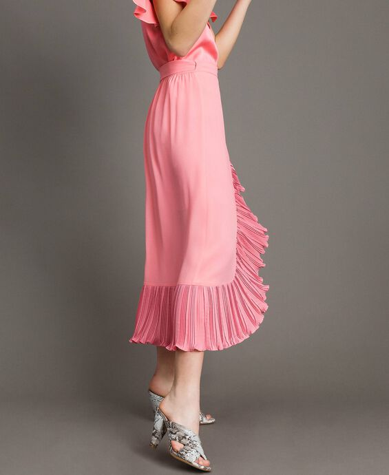 Pleated silk blend long skirt