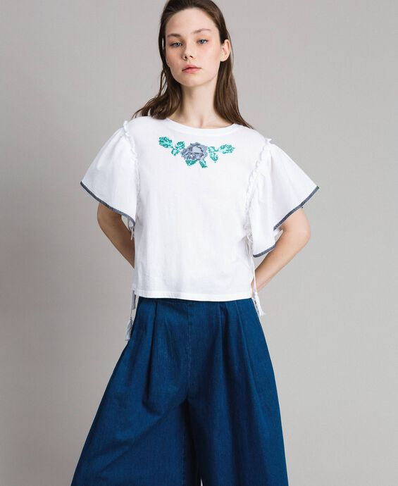 T-shirt with cross stitch embroidery