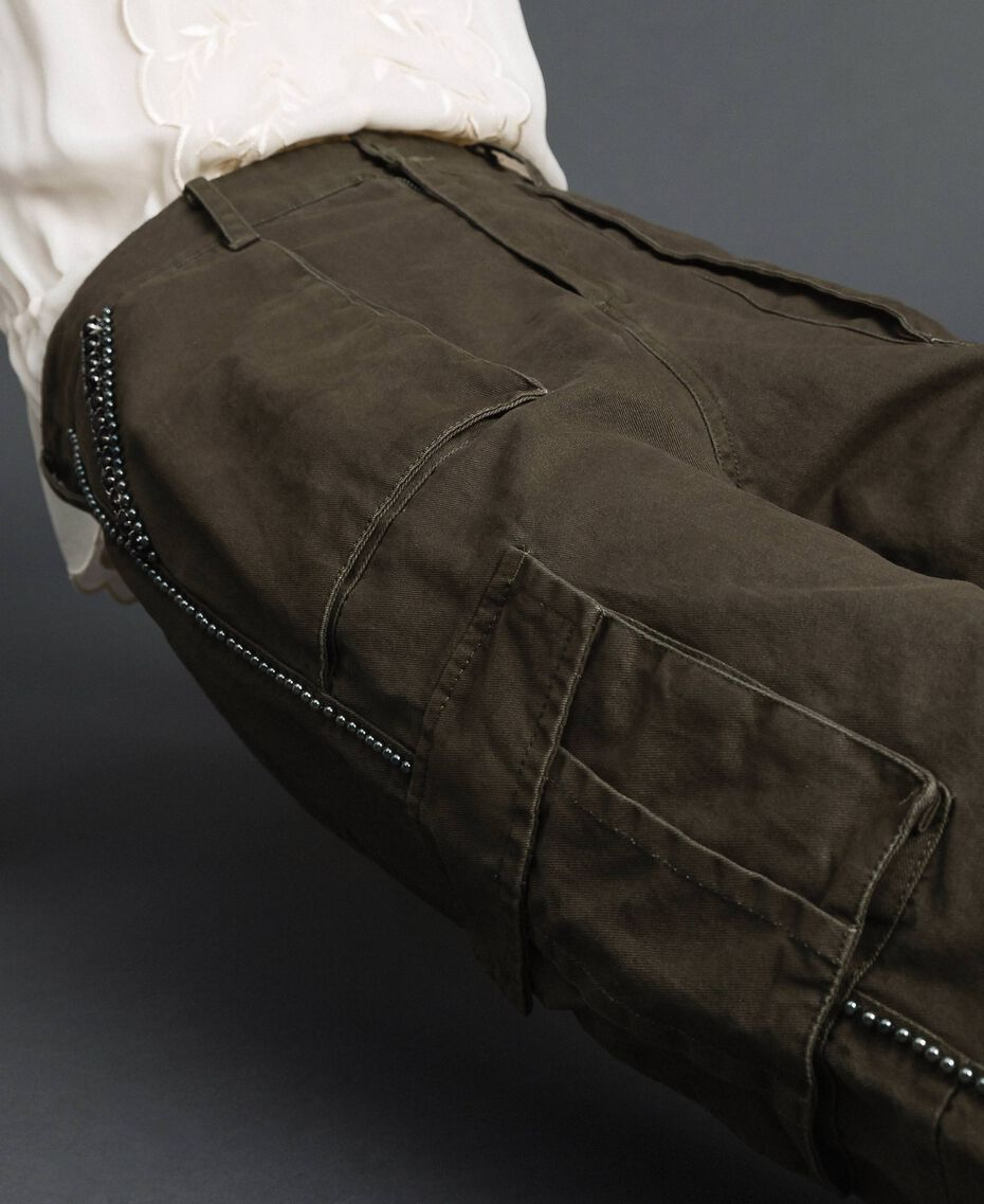 """Combat trousers with stones and studs """"Caper"""" Green Woman 192TP2583-02"""