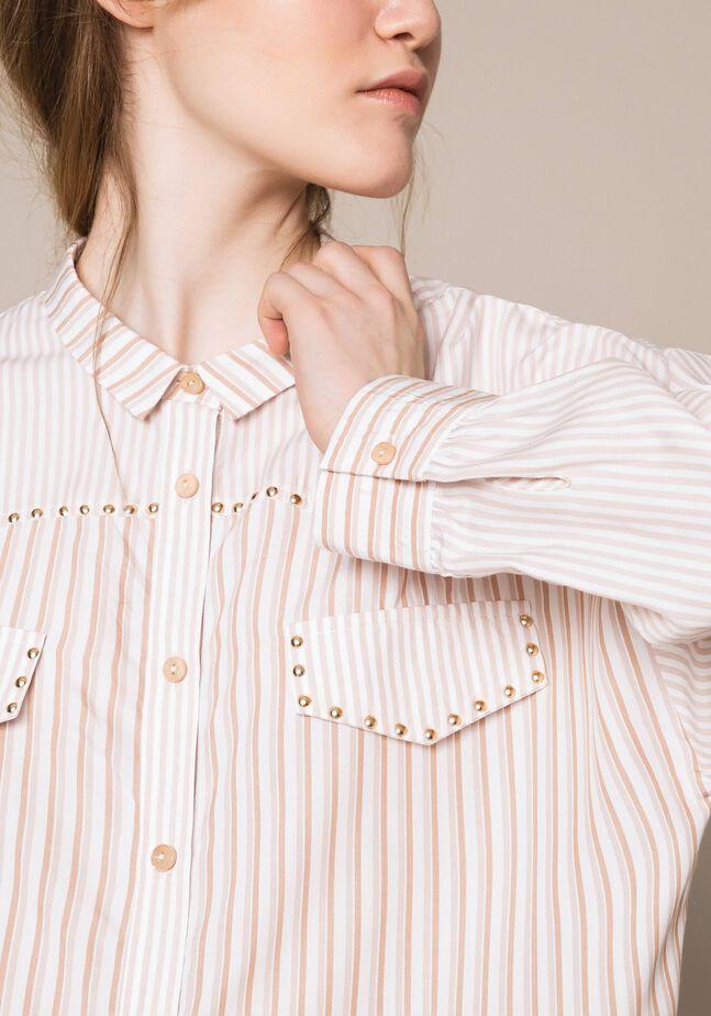 Langes Hemd mit Streifen und Nieten
