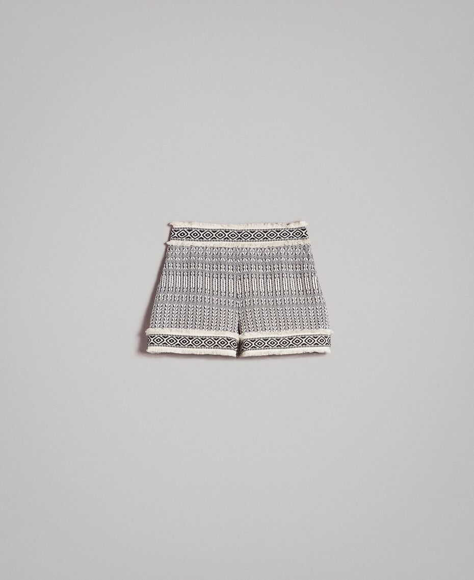 "Ethnic-motif jacquard shorts ""Marzipan"" Beige / Black Jacquard Woman 191TT2432-0S"