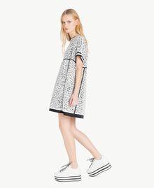 Kleid mit Spitze Optisches Weiß / Schwarz Frau YS83DA-02