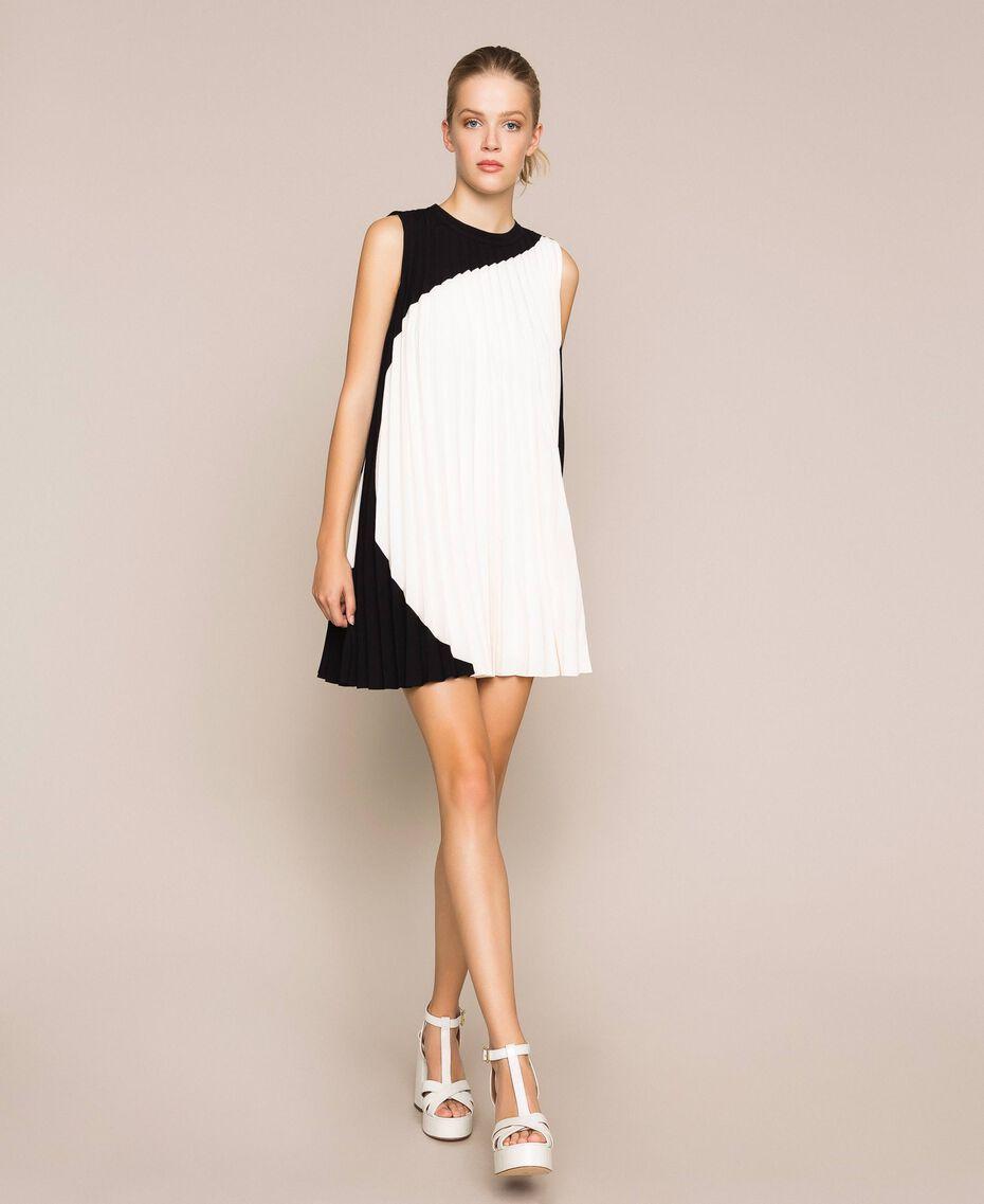 """Pleated crêpe de Chine dress Two-tone """"Silk"""" White / Black Woman 201ST2011-01"""
