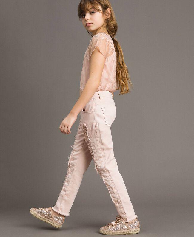 Pantalon skinny en bull avec détails déchirés Rose En fleur Enfant 191GJ2061-04