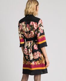 Shirt dress with floral scarf print Placed Scarf Print Woman 192TP2601-03