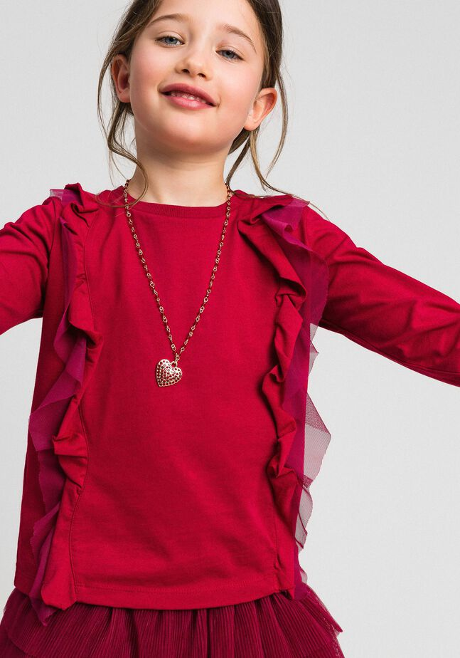 T-shirt with tulle flounces and necklace