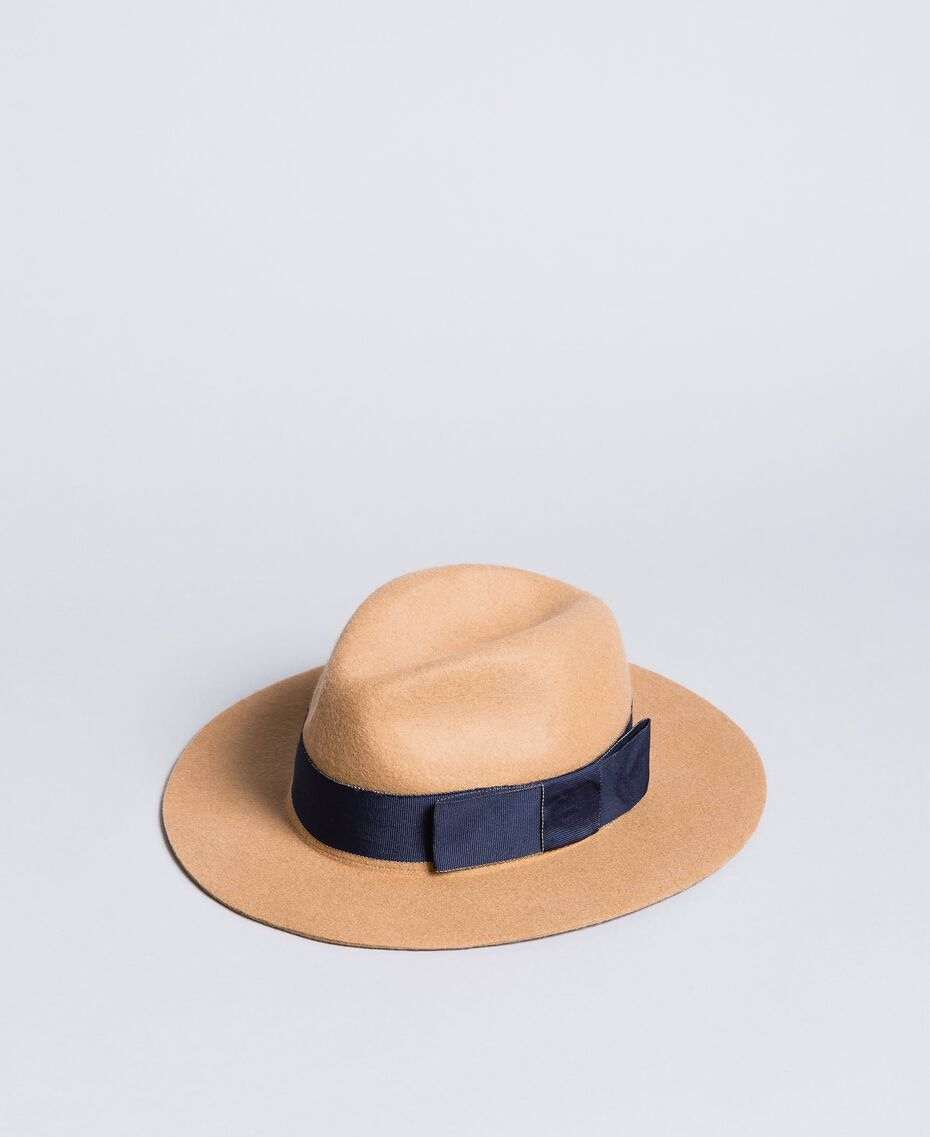 "Hut mit Kontrastband Zweifarbig ""Cookie""-Beige / Nachtblau Frau OA8T91-02"
