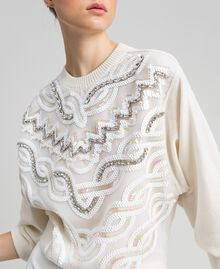 Cashmere blend jumper with embroidery White Snow Woman 192TQ3038-01
