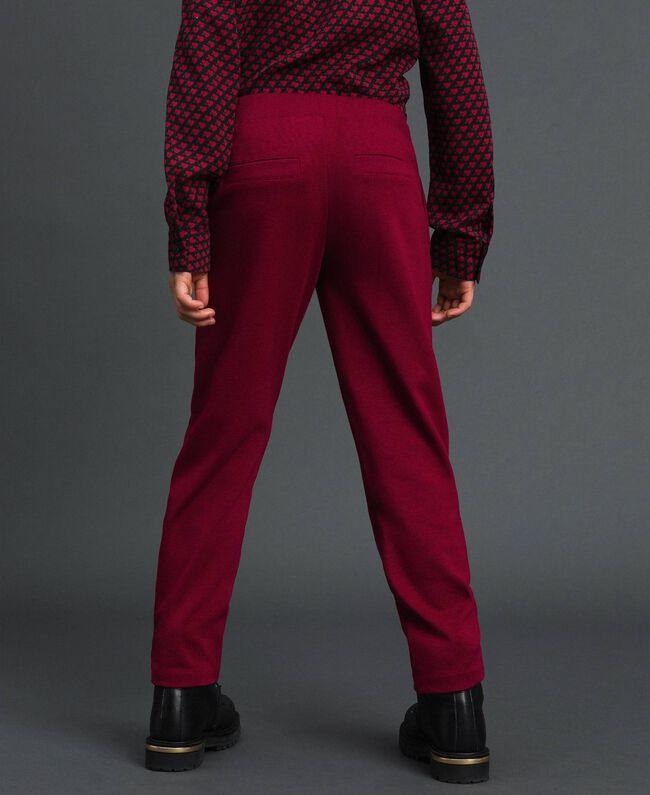Slim-Fit-Hose mit elastischem Taillenbund Ruby Wine Rot Kind 192GJ2250-03