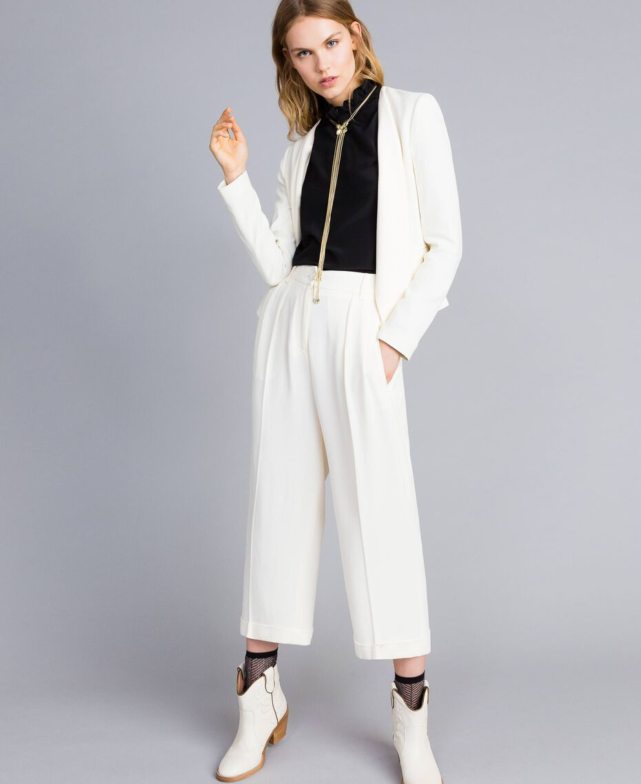 Pantaloni cropped in envers satin Bianco Neve Donna TA824K-0T