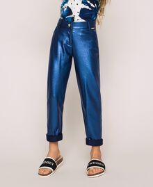 Hose mit schimmernder Beschichtung Irisierender Metallic-Print Nachtblau Kind 201GJ202H-05
