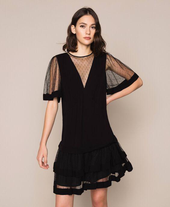 Kleid aus Crêpe de Chine und Plumetis-Tüll