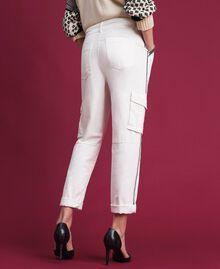Pantaloni combat con pietre e borchie Bianco Neve Donna 192TP2583-05