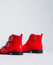 Bottines avec grandes boucles Rouge Coquelicot Femme DA8PHJ-03