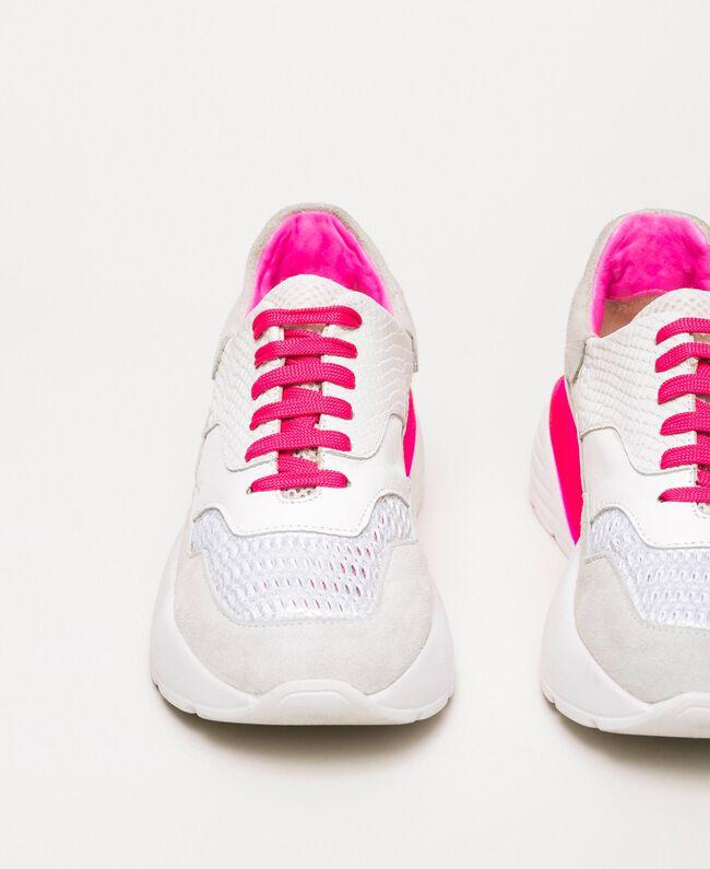 Laufschuh mit Neondetails Zweifarbig Optisches Weiß / Neonfuchsia Frau 201TCP150-03