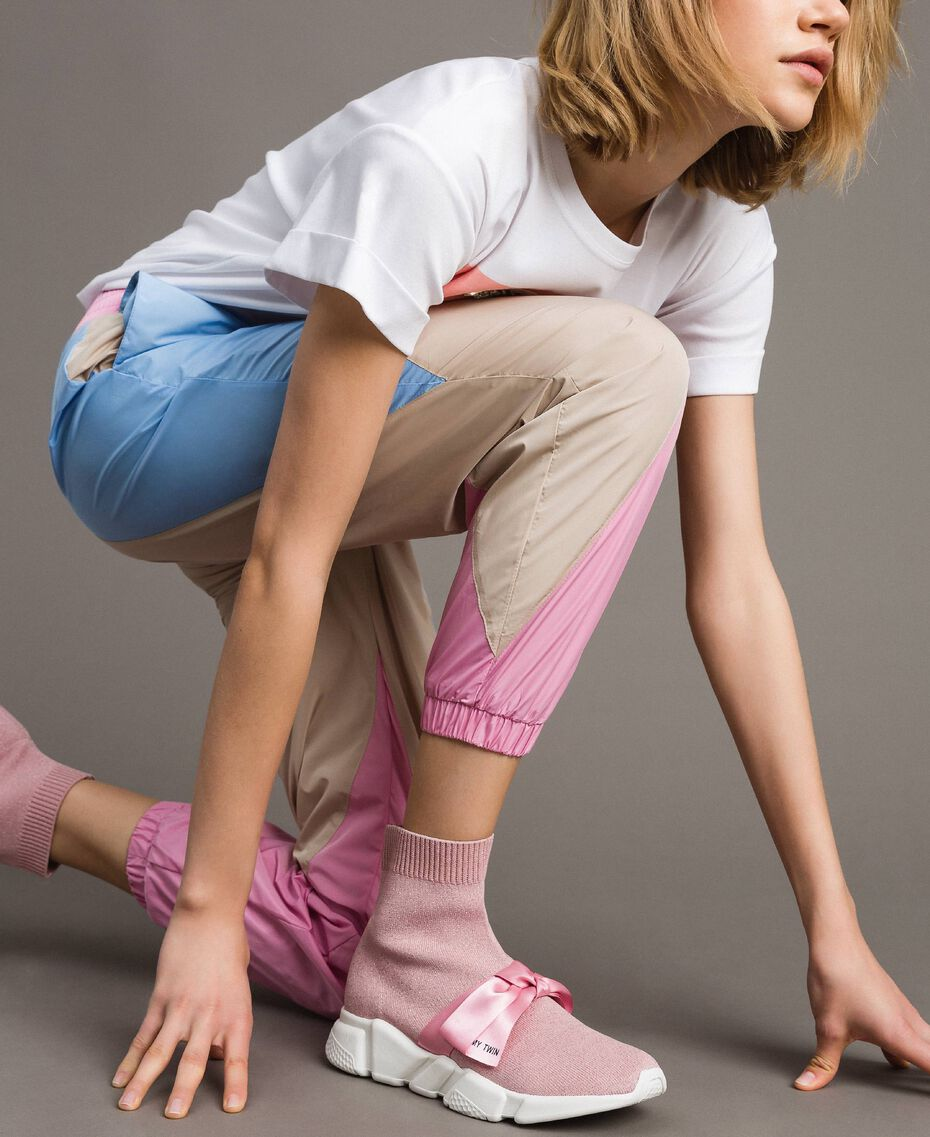 "Laufschuh mit Satinschleife ""Surreal Pink"" Frau 191MCP102-0T"