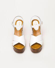 Clog-Sandalette aus Leder Weiß Frau 201MCT018-05