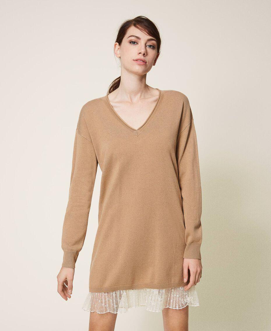 Robe plissée en laine mélangée Bicolore Beige «Dune» / Blanc Crème Femme 202MP3091-01