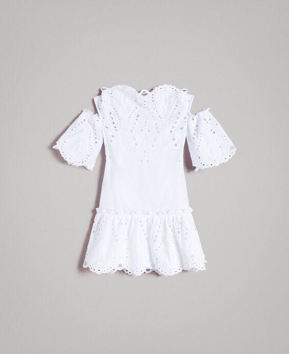 Musselin-Kleid mit Lochstickerei-Verzierung