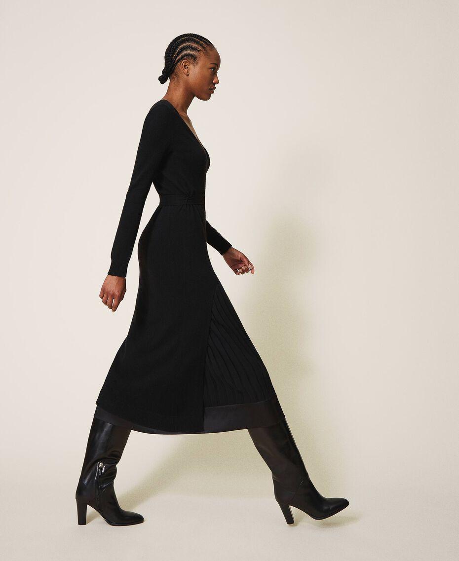 Robe en laine mélangée avec fond de robe Noir Femme 202TT3053-02