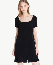 Kleid mit Tupfen Schwarz Frau PS82ZA-04