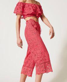 "Pantaloni cropped in pizzo macramè Rosa ""Cherry Pink"" Donna 211LM2KMM-05"