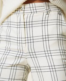 "Chequered wool blend cropped trousers Two-tone ""Snow"" White / Black Woman 202TP254C-06"