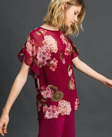 Floral print creponne blouse Beet Red Geranium Print Woman 192TP2720-02