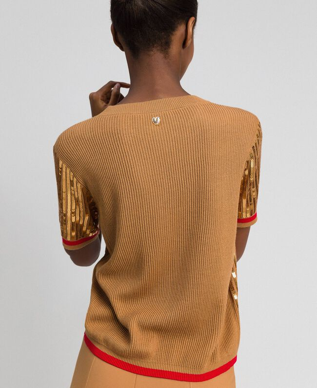 Cropped-Pullover mit aufgestickten Pailletten Irish Cream / Mohnrot Frau 192MP3122-04
