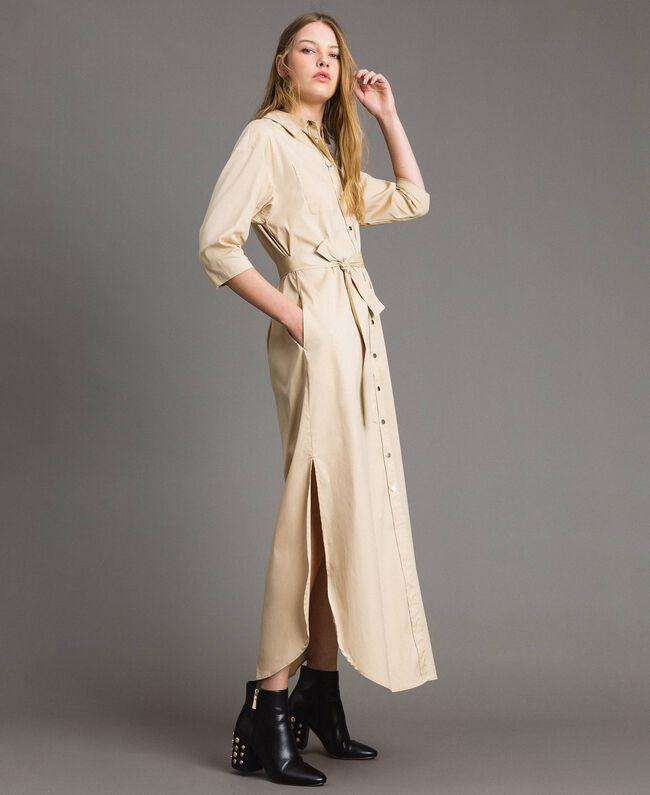 Langes Hemdblusenkleid aus Popeline Porzellan Beige Frau 191MP2210-04