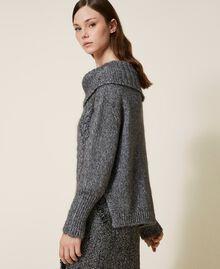 Pull tricoté dans un jeu de points fantaisie et de torsades Gris «Lurex» Femme 202TT3112-02