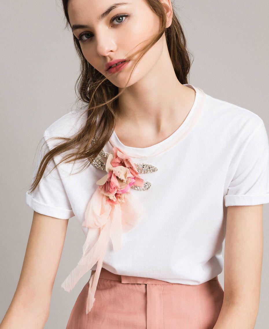 T-shirt avec fleur et strass Blanc Femme 191TP2602-01