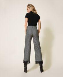 Pantalon cropped en laine avec dentelle Gris «Sel et Poivre Neige» / Noir Femme 202TP2382-02
