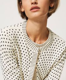 """Mandarin collar and jumper set with star motif print and rhinestones """"Snow"""" White / Black All Over Star Motif Print Woman 202TP3505-04"""
