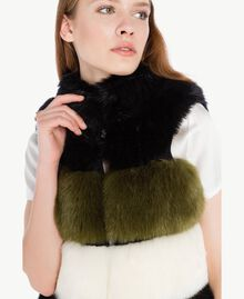 Gilet fausse fourrure Multicolore Noir / Blanc Optique / Vert Sauge Femelle TA7291-04