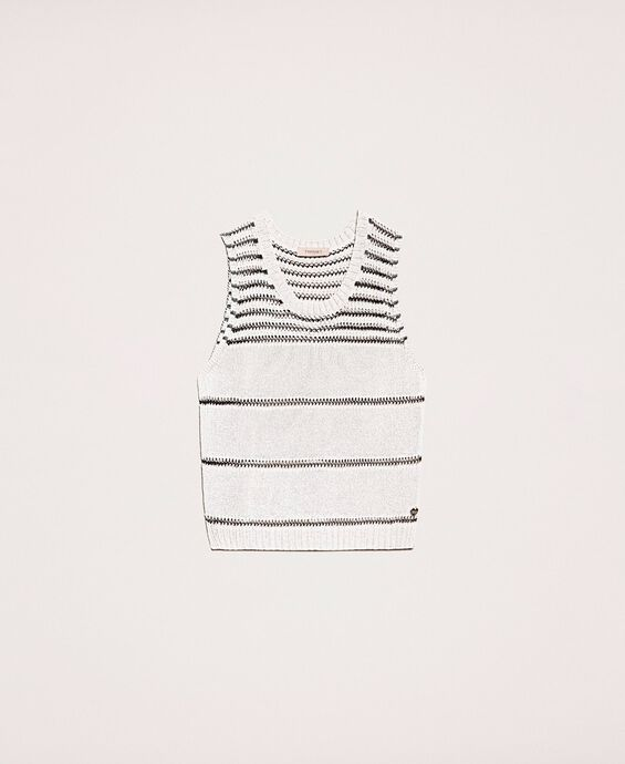 Knitted top with contrasting stripes