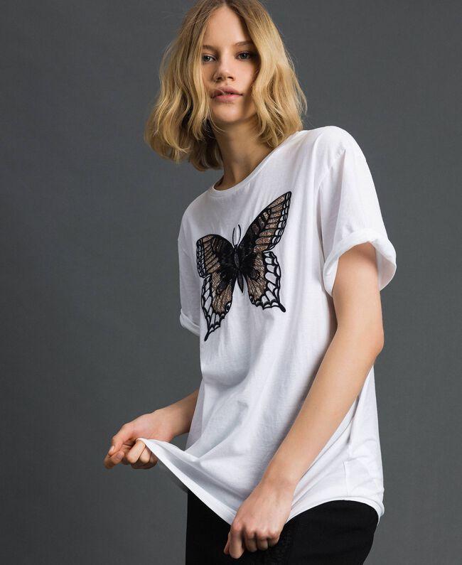 T-Shirt mit Stickschmetterling Weiß Frau 192TP2711-01