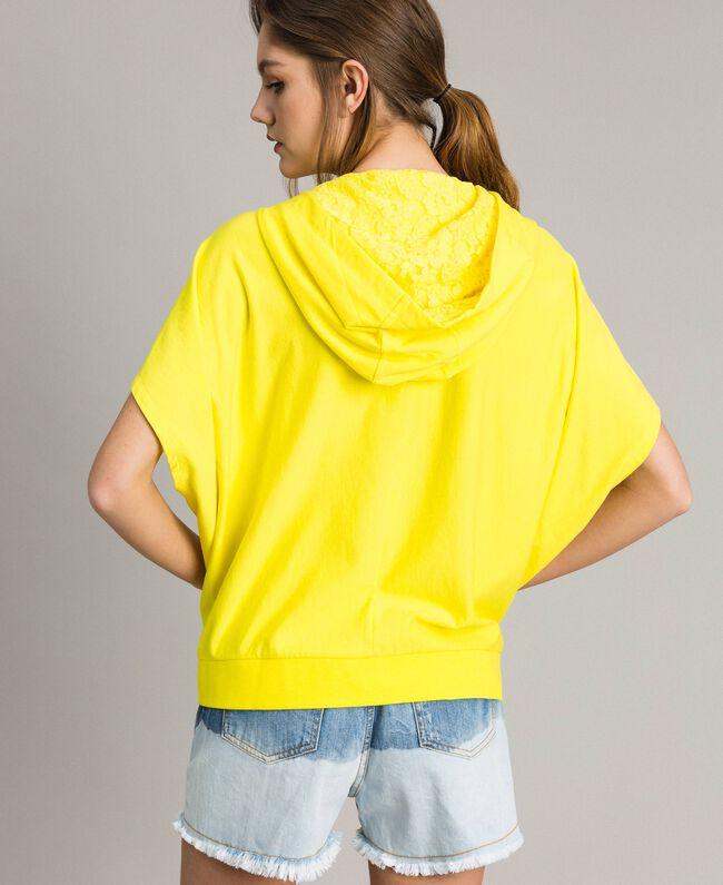Sweatshirt mit Kapuze und Reißverschluss Neongelb Frau 191MT2342-03